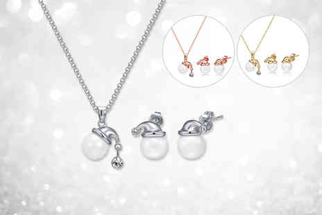 Fakurma - Imitation pearl Santa hat necklace and earring set - Save 80%