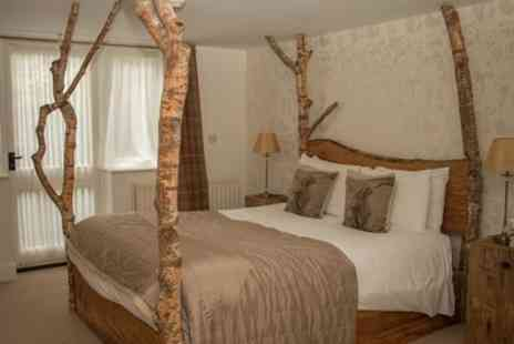 Cottage Lodge - One or Two Nights Stay for Two with Breakfast with Bucks Fizz, Tea, Cake and Late Check Out - Save 0%