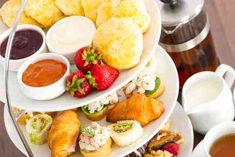 Crowne Plaza Leeds - Traditional or Prosecco Afternoon Tea for Two or Four - Save 30%