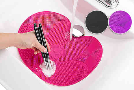 Alvis Fashion - Silicone makeup brush cleaning pad - Save 75%