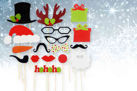 Alvis Fashion - 17 piece Christmas selfie prop set - Save 80%