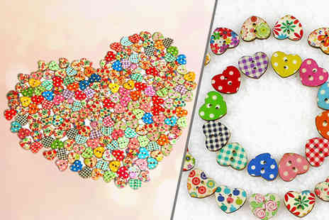Alvis Fashion - Fifty or a hundred heart shaped buttons - Save 87%
