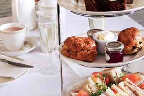 The Advocate Arms Hotel - Afternoon tea for 2 with bubbly near Lincoln - Save 41%