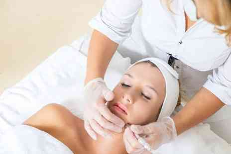 The Beauty Rooms - Microdermabrasion or Oxybrasion Facial with Alga Mask - Save 0%