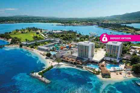 Great Pacific Travels - Seven or 14 night, 4 star all inclusive Jamaica break with Ocean View room and flights - Save 30%