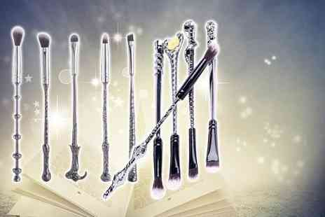 Forever Cosmetics - 10 piece Harry Potter inspired wand makeup set - Save 79%