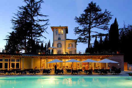 Relais la Cappuccina - Four Star Relaxing Tuscan Retreat for two - Save 78%