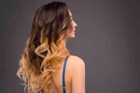 Seven Dials Hair - Full head of balayage with a wash, cut and blow dry - Save 67%