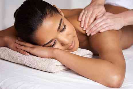 HD Hair and Beauty - 30 Minute Swedish Back Massage - Save 30%