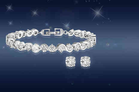 Fakurma - Crystal bracelet and stud set made with cubic zirconia - Save 87%