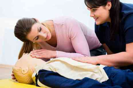 Fit & Fun - Emergency first aid at work course - Save 72%