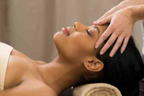 OfCourse - Online professional indian head massage course - Save 80%