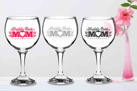 CNC Group - Mothers Day Best Mum personalised wine glass in a gift box choose from five colours - Save 50%