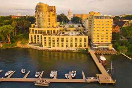 The Edgewater - Four Star Stay with Breakfast & Parking - Save 0%