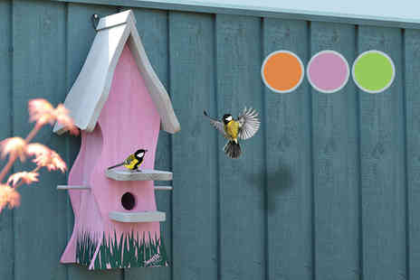 iQGBUK - Tweetie Pad bird nesting box choose from three colour options - Save 57%