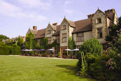 Billesley Manor Hotel - Four Star 16th Century Elizabethan Manor with Shakespearean Library for two - Save 54%