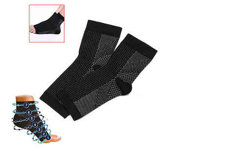 TMD Global - Pair of anti fatigue compression socks - Save 64%