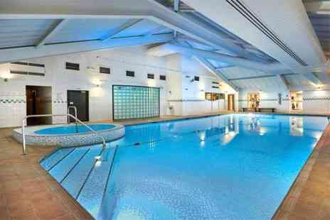 Livingwell Bristol - Gym and spa day pass for two - Save 50%