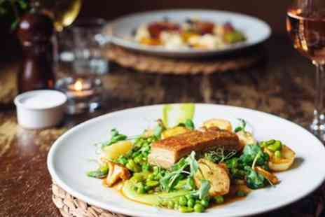 The Three Tuns - Wiltshire excellent lunch for 2 at village inn - Save 52%
