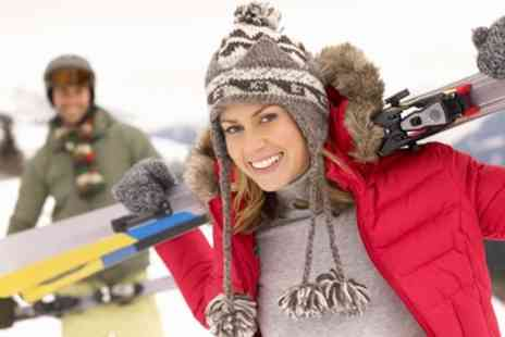 Brentwood Park Ski & Snowboard Centre - Recreational Ski or Snowboarding Session for Up to Four - Save 43%