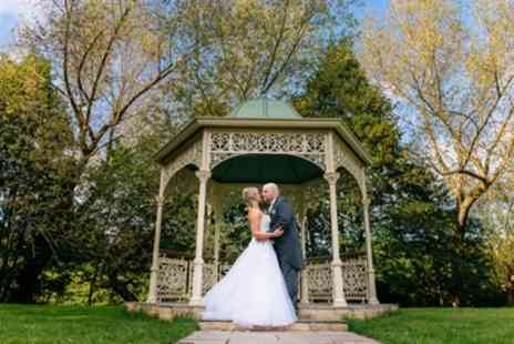 SJ Wedding Photography - Four or Eight Hours of Wedding Photography with CD and Up to Six A4 Prints - Save 73%