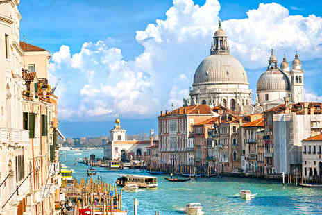 Hotel Carlton on the Grand Canal - Four Star Romance on the Grand Canal in Venice For Two - Save 73%