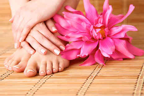Beautyque - Shellac manicure or shellac pedicure - Save 0%
