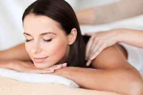 The Signature Clinic - Luxury 60 minute pamper package including a 30 minute back, neck and shoulder massage, a mini facial, an eyebrow tint and a glass of bubbly - Save 70%