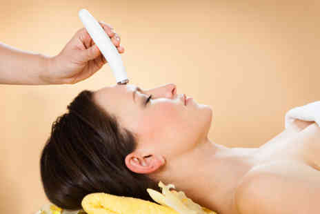 AIFY - Microdermabrasion treatment - Save 57%