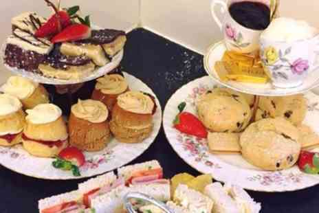 Whitlenge Gardens and Tea Rooms - Entry to Whitlenge gardens and afternoon tea for two - Save 49%