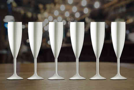 CNC Group - Pair of white champagne flutes - Save 62%