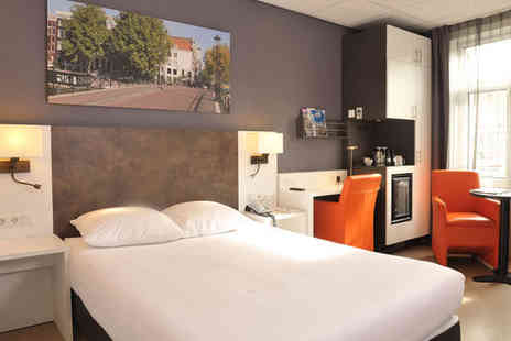 Amsterdam De Roode Leeuw - Four Star Historic Hotel Stay For Two in City Centre - Save 67%