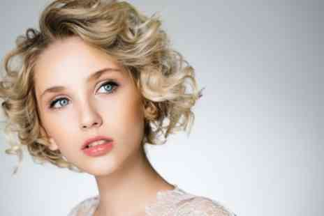 Oceanic Hair & Beauty - Cut, Blow Dry and Half or Full Head Highlights - Save 55%