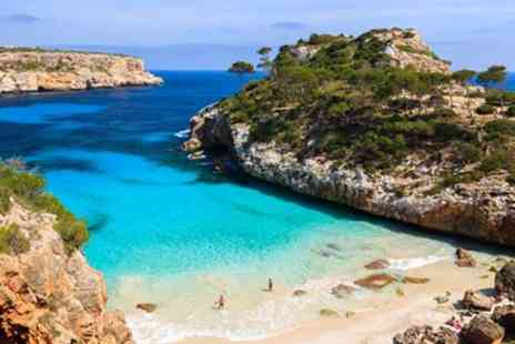 Globalhoppers - Beachfront all inclusive Mallorca week with low deposit - Save 0%