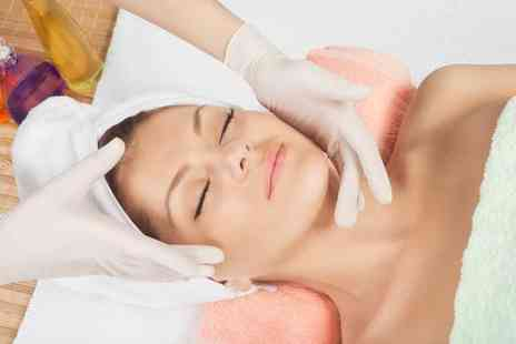 Bounce Beauty - 30 minute or one hour luxury facial treatment - Save 60%