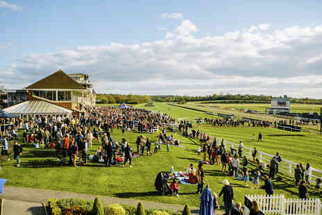 Lingfield Park Resort - Two tickets to a Hooves & Grooves event at Lingfield Races including a live music tribute show and drink each - Save 50%