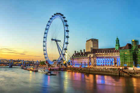 OMGhotels - Overnight 3 or 4 Star stay with breakfast, a River Thames sightseeing cruise and entry to Madame Tussauds - Save 0%