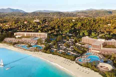Inspired Luxury Escapes - Five star ultra all inclusive holiday at new hotel - Save 0%