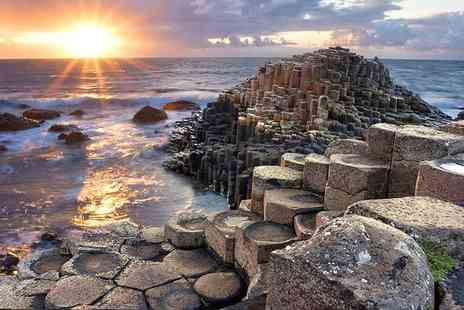 Belfast City Tours - Full day Giants Causeway bus tour with a 72 hour hop on, hop off Belfast city bus tour pass - Save 24%