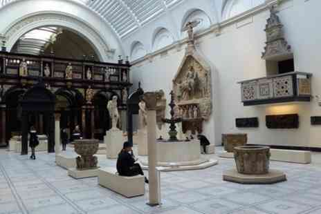 Artstur - Private Tour, Royal Victoria and Albert Museum - Save 0%