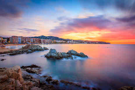 Book It Now Holidays - Five night all inclusive Costa Brava getaway with return flights - Save 35%