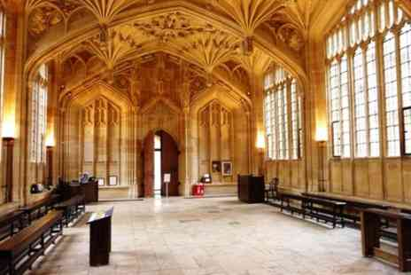 Visit Oxford Tours - Harry Potter Filming Locations Tour in Oxford - Save 0%