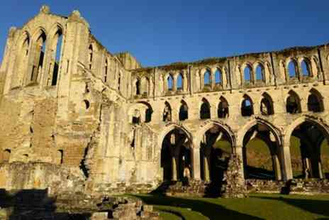 Grand Yorkshire - Helmsley, Rievaulx Abbey, and North York Moors half day tour - Save 0%