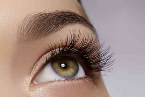 Queen Lashes of London - Full set of silk individual eyelash extensions or mink extensions or Russian 3D extensions - Save 66%