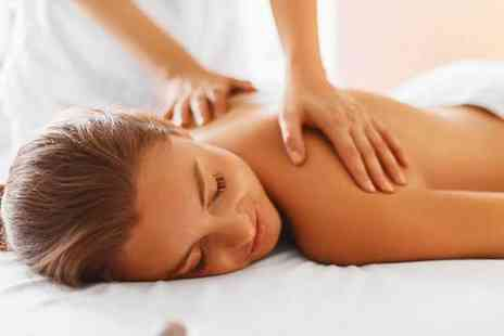 Reco Chiropractic Family Centre - One hour deep tissue massage - Save 52%
