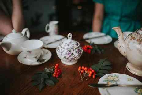 CityUnscripted - Private Christmas in Manchester Tour with a Local - Save 0%