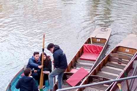 Visit Oxford Tours - Walking Tour Combined with River Punting Rowing - Save 0%