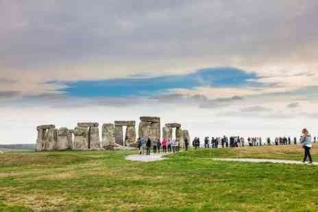 English Heritage - Stonehenge Family Ticket - Save 0%