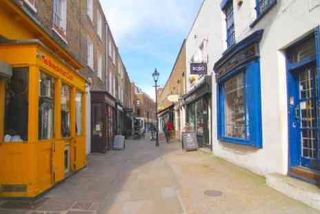 CityUnscripted - Private Tour, Discover Islington with a Local - Save 0%