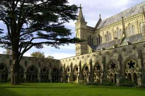 Evan Evans Tours - Salisbury, Stonehenge and Bath Day Trip - Save 0%